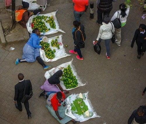 Scrimping With Street Vendor - Bad habits