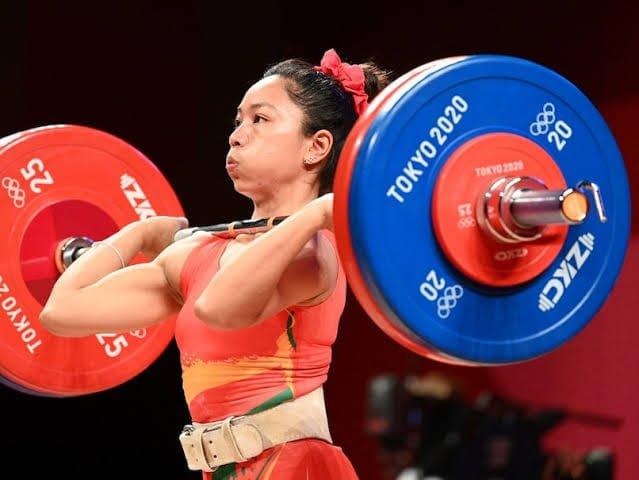Saikhom Mirabai Chanu weightlifting in 2020 Olympics